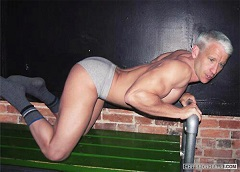 anderson-cooper-in-his-underwear.jpeg