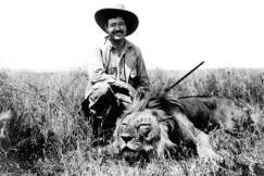 Ernest_Hemingway_on_safari_1934-edit