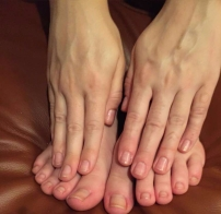 naked-toes.jpg