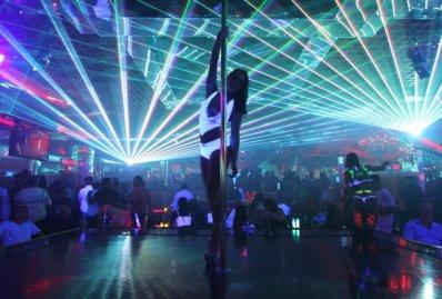 strip-club2