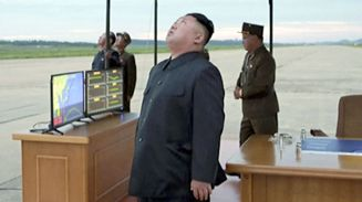 kim-jong-un-north-korea-missile-test-donald-trump-japan.jpg