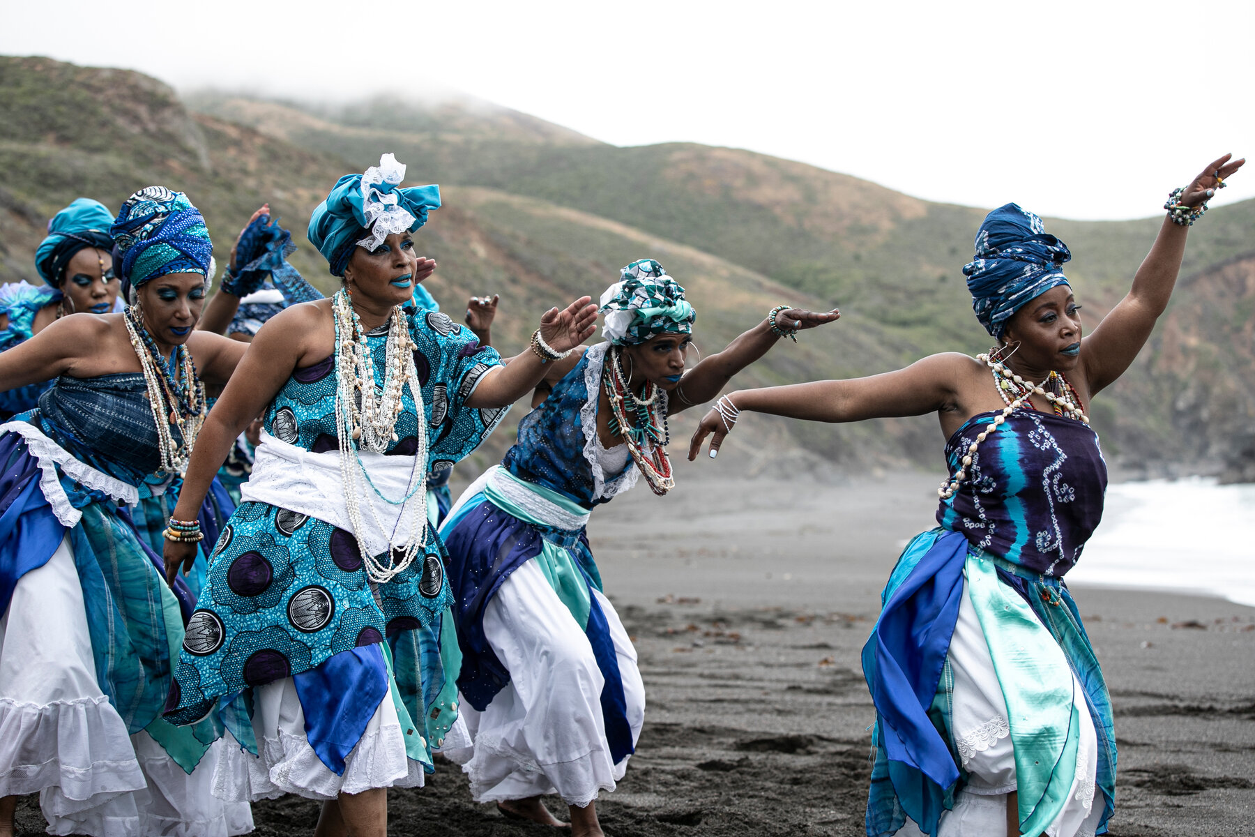 27dance-africa-1-mobileMasterAt3x
